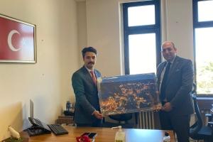 Beypazarı Eski Cumhuriyet Başsavcısı Alp Giray YAPAR\'a hayırlı olsun ziyareti